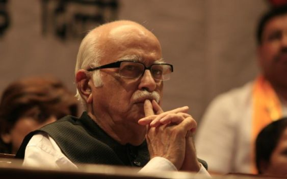 advani ji favourite amitabh